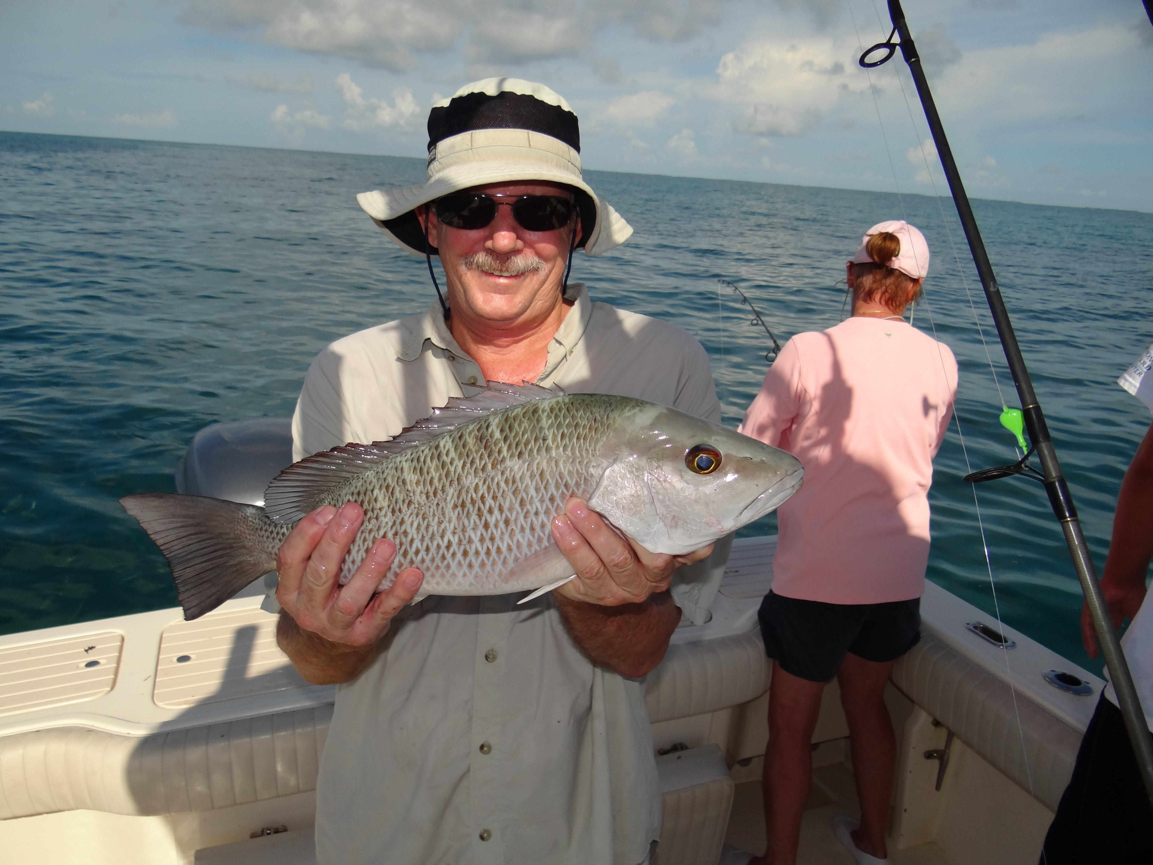 Cero mackerel seasquared charters for Fishing marathon fl